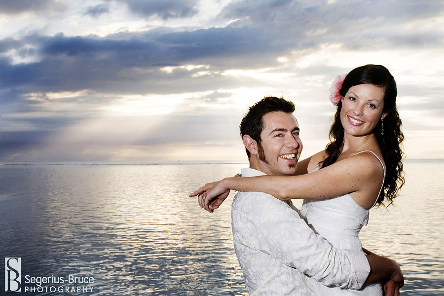 Creative wedding photographer shoots a wedding in Mauritius