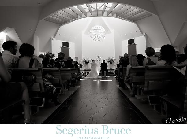 Wedding Photographer Surrey. Wedidng Photojournalist.
