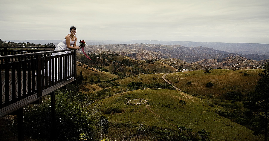 Wedding over looking the Valley of 1000 Hills